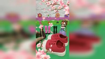宝宝益智玩具:贝儿给白雪准备的小红鞋