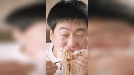 请回答1988金正峰:吃最大块的蛋糕,去最喜欢的游戏厅