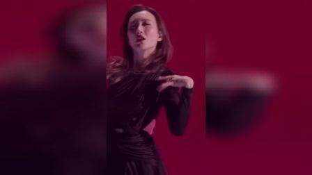 #王鸥 个性独立、做事果断,不矫揉不造作,没想到跳舞这么飒!