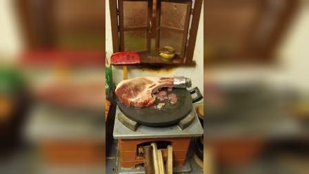 迷你厨房:难道这就是传说中的战斧牛排