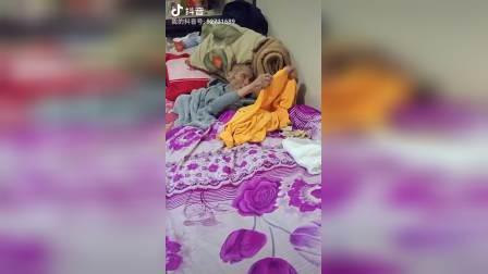云南省宣威市羊场镇兔场村委会新德,徐周克的父亲感冒好些了哦朋友们一起看看吧!