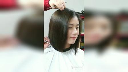 美女剪短发
