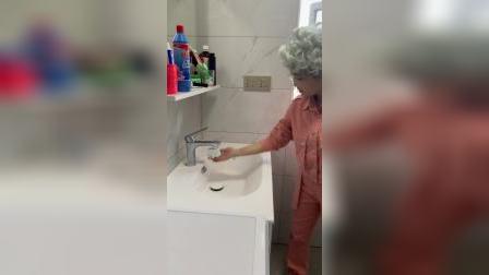 家里交不起水费的,试试这个感应水龙头开关