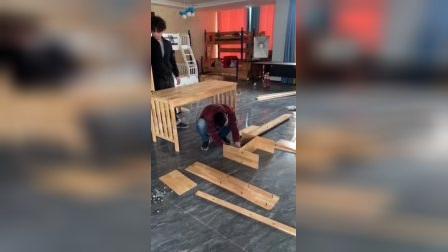 橡胶木书桌