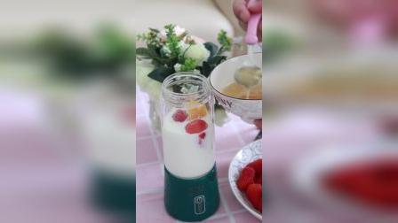 非常实用的榨汁机,喜欢吗?