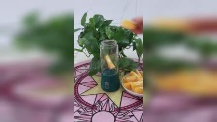 家里备上这个榨汁机,想喝果汁的时候真的超级方便