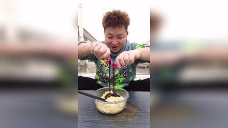 辣椒终结者,邻居小李教你正确吃火鸡面!