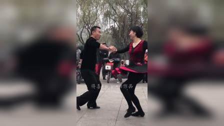 滨哥和芳妹吉特巴广场舞,精彩!