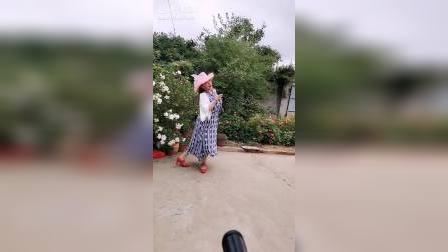 吕芳广场舞《格桑花》