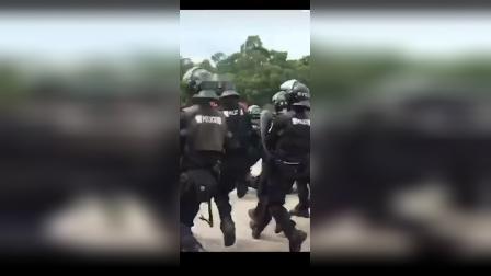 步枪参加深圳最大武警全体合练