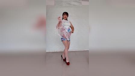 丝巾旗袍秀