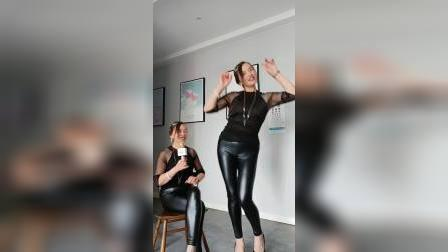 姐妹组合😊你跳我唱!娱乐视频
