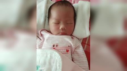 宝宝出生第五天出院,回家第一天