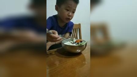 朱老师说了要乖乖吃饭