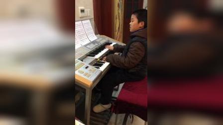 双排键电子琴演奏《我和我的祖国》:飞飞