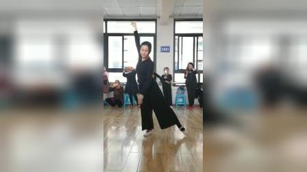 李老师古典舞清平调正面20191210