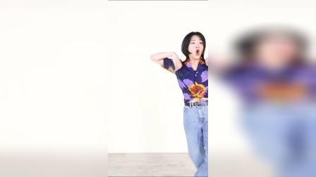 @CHERRYb4mbooM 的编舞是不是你喜欢的呢?#爱的手势舞