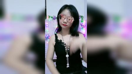 珊珊广场舞蹦迪摇和爵士舞.mp4