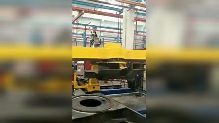 挖掘机底盘机器人自动焊工作站