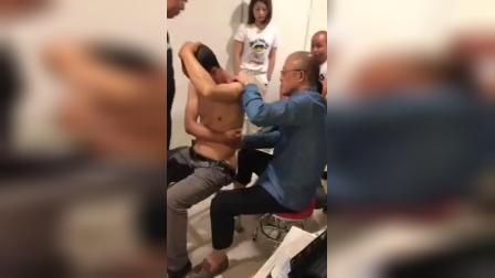 陈杰新医正骨治疗腰椎间盘突出腰椎移位疼痛复位指导学员手把手练习手法教学实操_标清