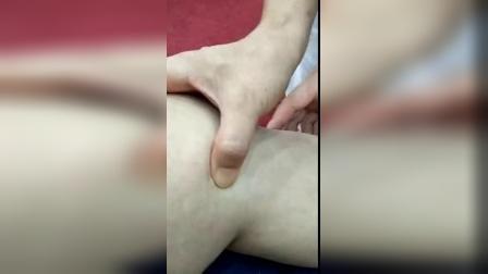 黄炳荣妙手黄轻手法正骨膝关节疼痛评估触诊治疗手法_标清