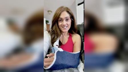 Beauty101bylisa-OMG I BROKE MY ARM!!! .mp4