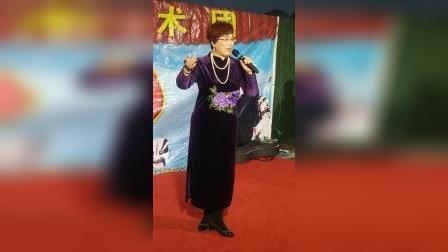 安红艳演唱的辕门外三声炮如同雷震