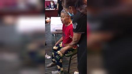 易颜:特色针灸班为学员带瘫痪病人调理全程录像