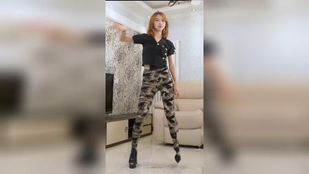 【舞艺吧 小野】#舞蹈 #广场舞 #美女 #大长腿 XiaoYeNO57YS