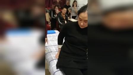 正骨治疗胸椎手法_高清