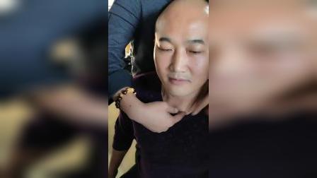 正骨治疗锁骨移位手法_超清