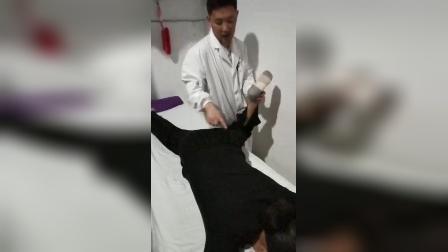 正骨治疗腰痛腰椎间盘突出坐骨神经痛手法_标清