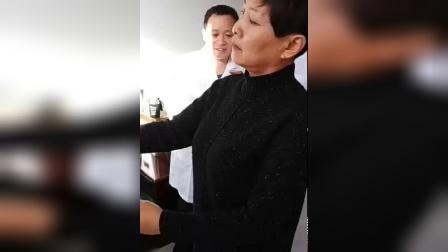 中医针灸治疗肩周炎肩胛骨疼痛手法实操演示_标清