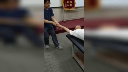 周海燕拉筋伸筋手法教学练习_超清