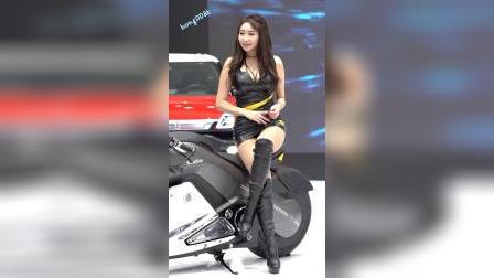 首尔国际车展气质模特(Kim Daon)