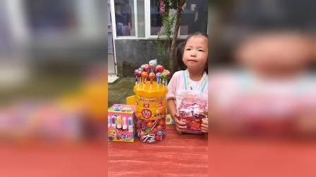 童年趣事:大老虎怎么在跟萌娃抢糖吃?