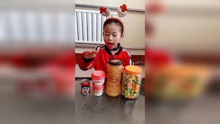 趣味童年:小宝贝今天想吃什么糖果呢