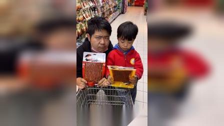 童年趣事:小朋友应该要多吃蔬菜哦,零食吃多了不健康