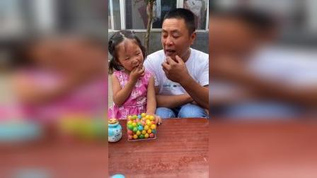 少儿:能给爸爸一个西瓜糖吗