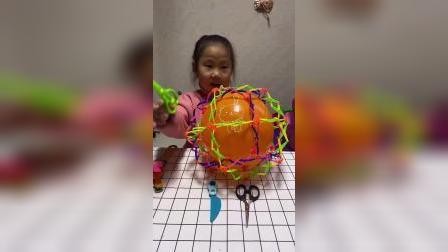 童年趣事:这妹妹不怕他炸吗