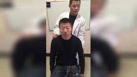 骨诊疗法:肩关节半脱位正骨手法