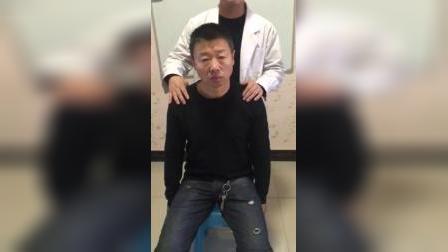 骨诊疗法:肩关节前后错缝正骨手法
