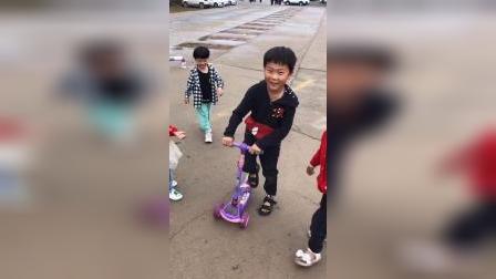 少儿:和小伙伴们一起玩游戏