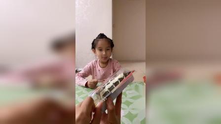 童年趣事:爸爸唱歌也太难听了