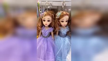 少儿:好多漂亮的小娃娃