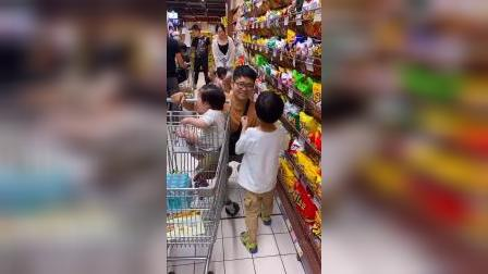 少儿:妈妈我要吃零食
