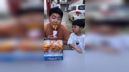 少儿:吃棒棒糖吗