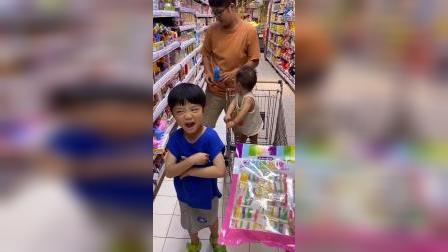 少儿:有新的糖果吃啦