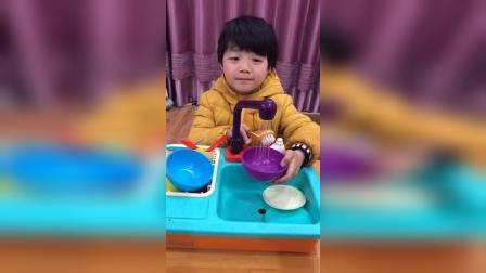 少儿:一起刷碗吧