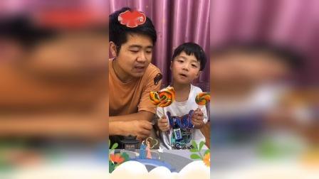 少儿:我能吃你的棒棒糖吗